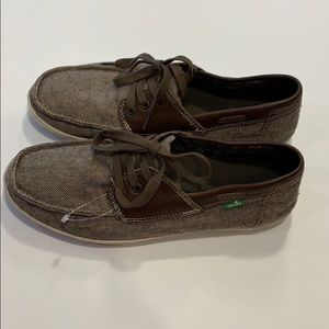 Sanuk shoes size 8